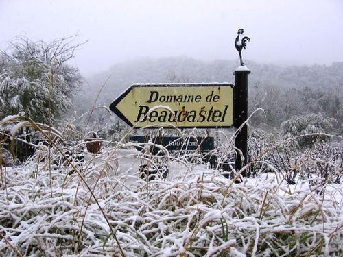 Beaucastel Sign