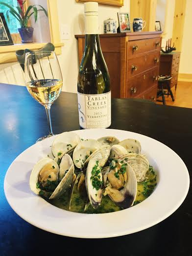 Vermentino and Clams